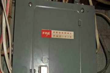 Federsl Pacific Panel Circuit Breaker Box