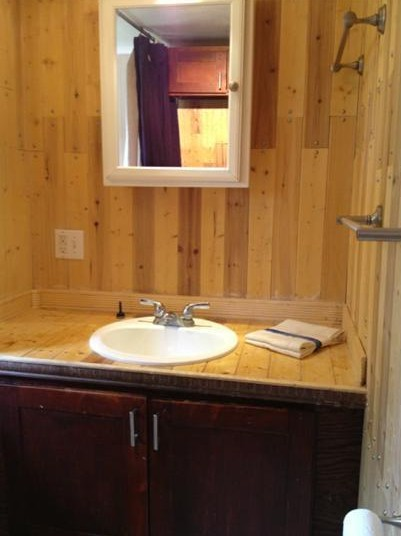 bathroom before mobile home remodel