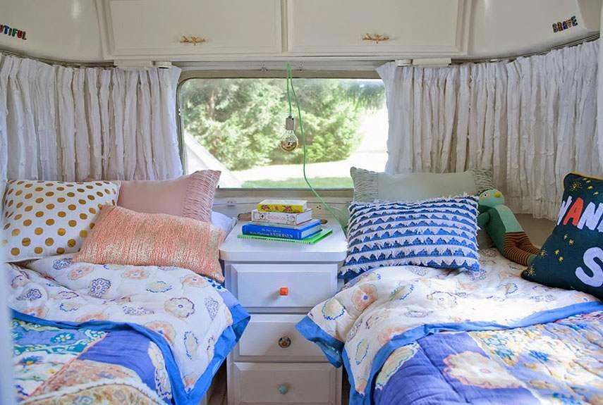 11 Airstream interior decor e