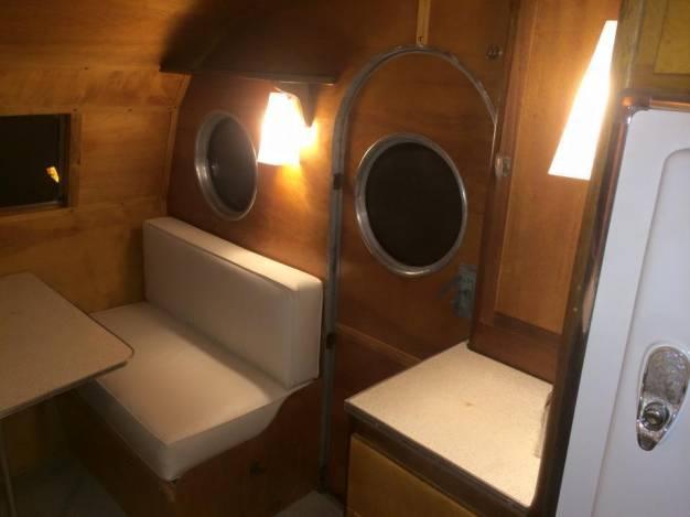 1953 Airfloat Navigator - Vintage Campers (dining area)