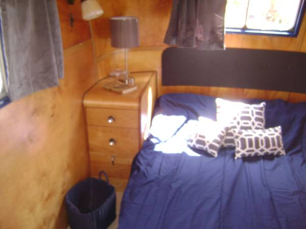 1953 Vagabond Trailer-1953 Vagabond Model 31 Interior -Bedroom