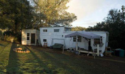 1954 Pacemaker Tri-level Mobile Home Remodel - After exterior paint