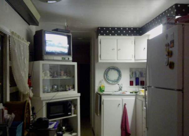1954 Pacemaker Tri-level Mobile Home Remodel - Kitchen after paint and remodel