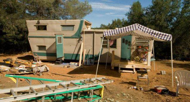 1954 Pacemaker Tri-level Mobile Home Remodel - exterior
