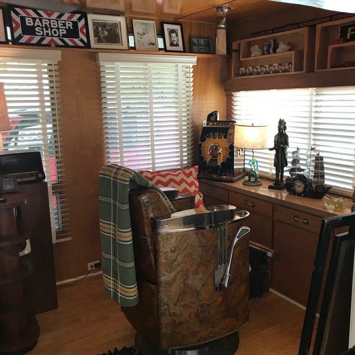 Original 1955 fleetwood custom mobile home -barber chair