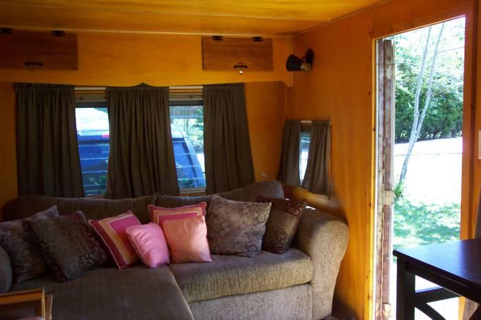 1957 casa manana mobile home - living room