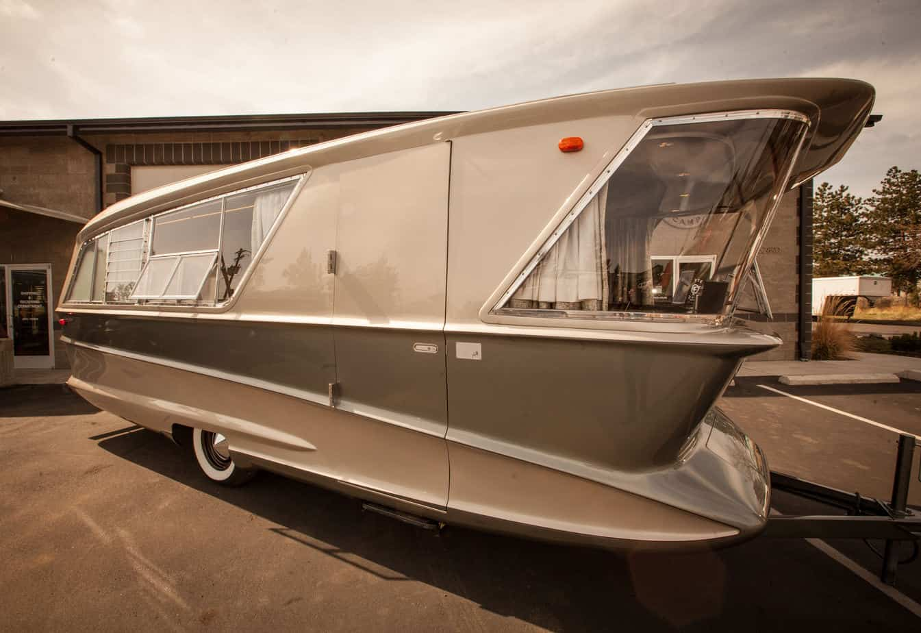 1961_Holiday_House_Geographic - flyte camp - find vintage travel trailers for sale online