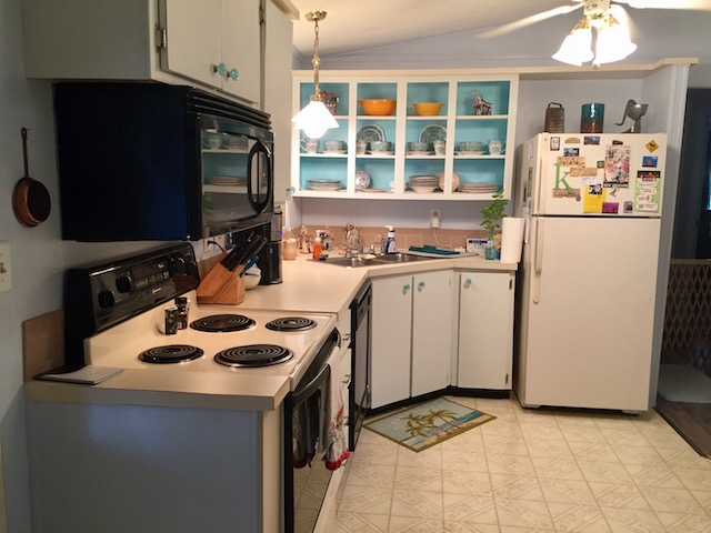 1986 palm harbor single wide makeover - kitchen
