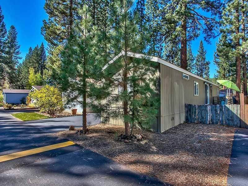 Modern Mobile Home Decor: 2 bedroom 2 bath mobile home for sale in Truckee, CA - Exterior side view