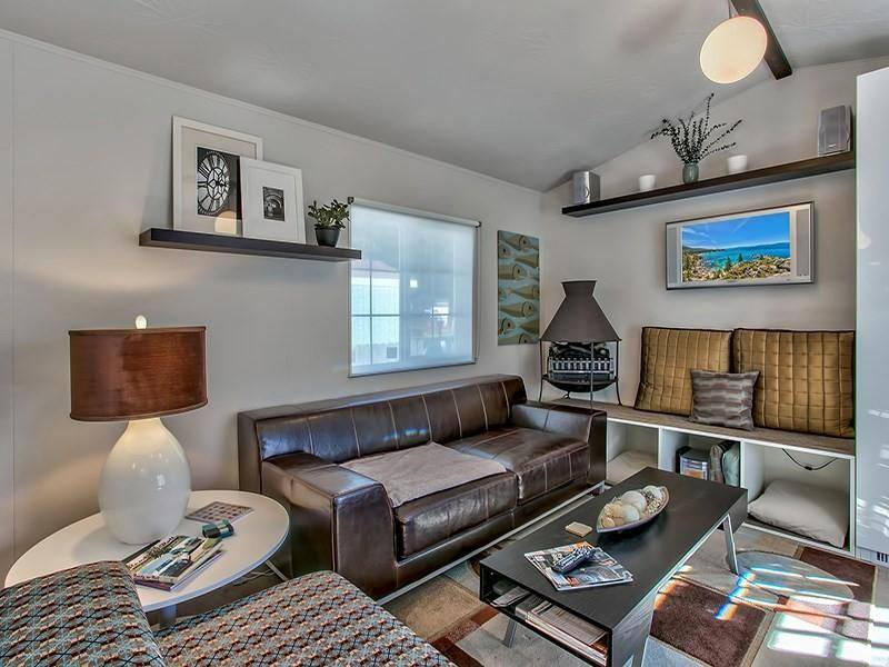 Modern Mobile Home Decor: 2 bedroom 2 bath mobile home for sale in Truckee, CA - Interior - Living Room