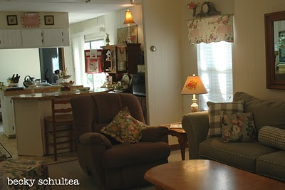 Inspiring illustrator 39 s single wide mobile home makeover - Mobile home decorating ideas image ...