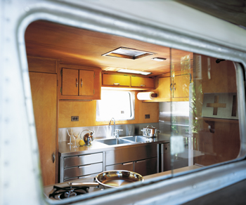 wolfson trailer house kitchen