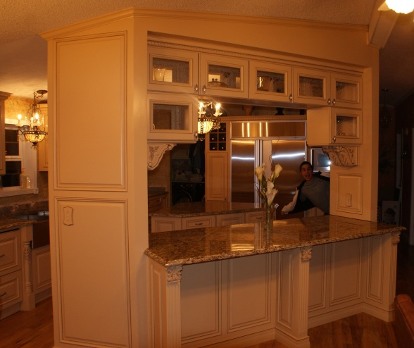 gourmet kitchen in a manufactured home - closeup of exterior cabinets