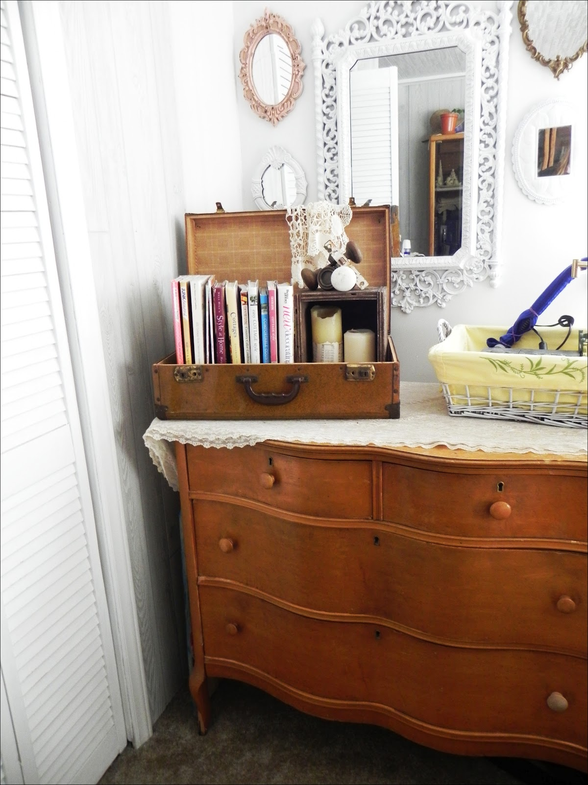 Shannon 39 s shabby chic double wide makeover for Bedroom makeover ideas