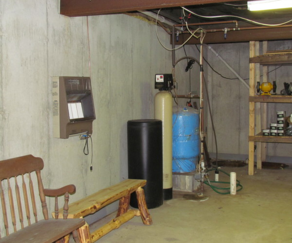 basements under mobile homes-sump_pump_water_tank_and_water_softener