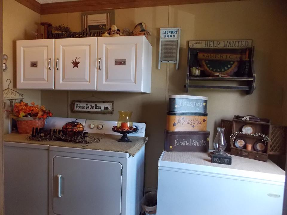 Manufactured home decorating ideas primitive country style for Decorate a laundry room