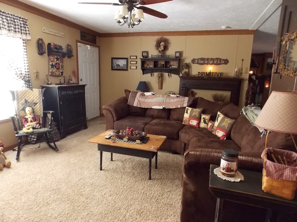 manufactured home decorating - family room