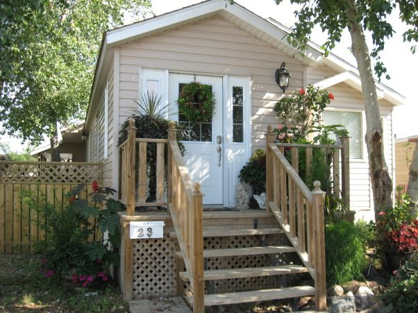 extreme single wide home remodel - front entrance