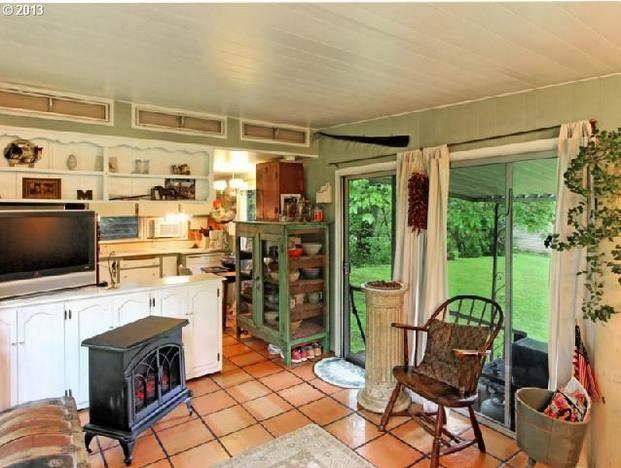 Oregon single wide interior