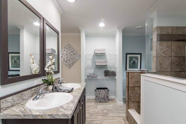 Smart upgrades to make when buying a new manufactured home - 2017 norris ceo - top of the line model - master bath