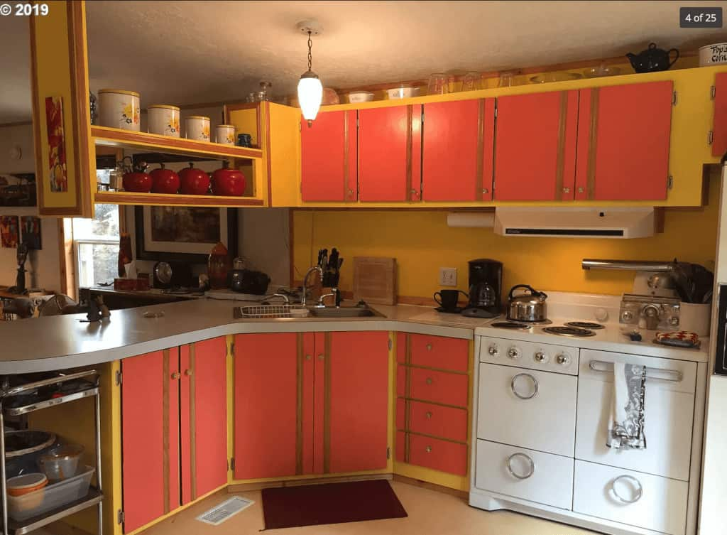 1997 Colorful Single Wide - mobile home kitchen cabinet colors