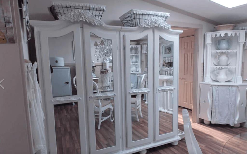 White kitchen primitive richie maureen wright fbg3