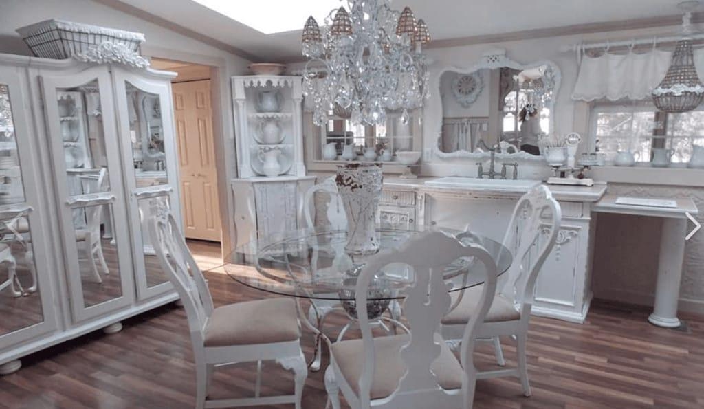 White kitchen primitive richie maureen wright fbg5