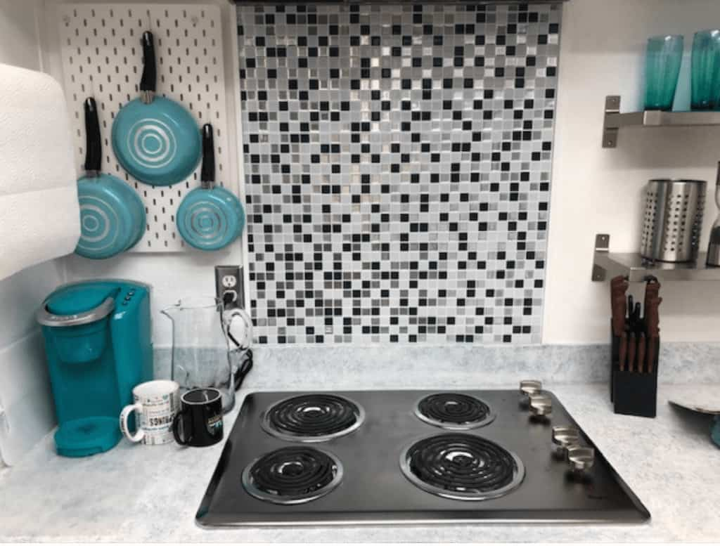 Black And White Peel And Stick Mosiac Backsplash In Mobile Home Glen Bach