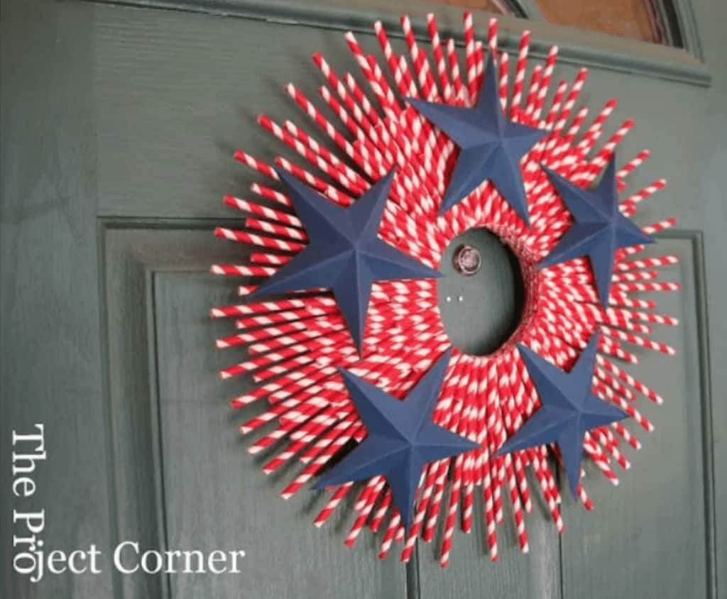 Paper straw wreath for 4th of july patriotic decor