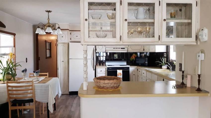 14x 70 mobile home 2 bd 1 bath in spokane 49k kitchen 2