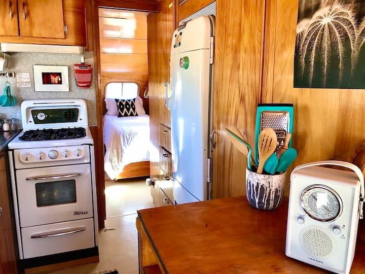 1951 vintage beauty kitchen