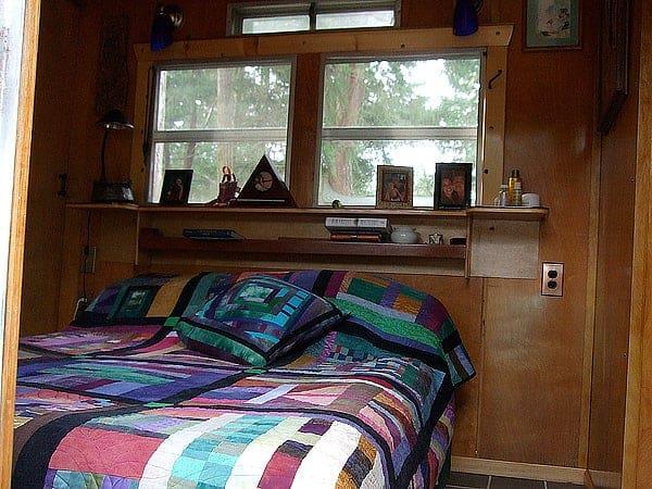 1956 Spartan Executive Mansion Bedroom Original