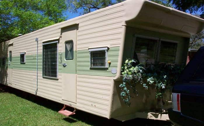 1957 Casa Manana Mobile Home is Vintage Perfection