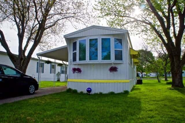 Landola Mobile Home Makeover Exterior