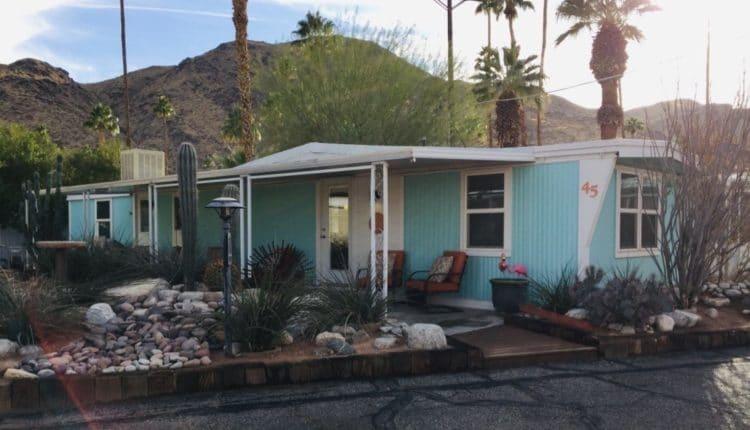 1968-vintage-mobile-home-exterior