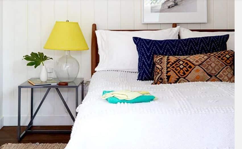 S guest bedroom