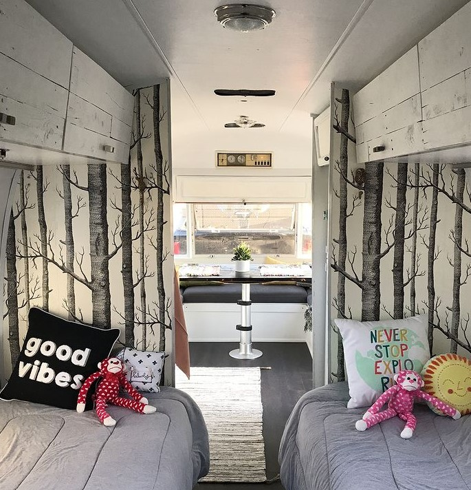 1971 airstream twin beds after