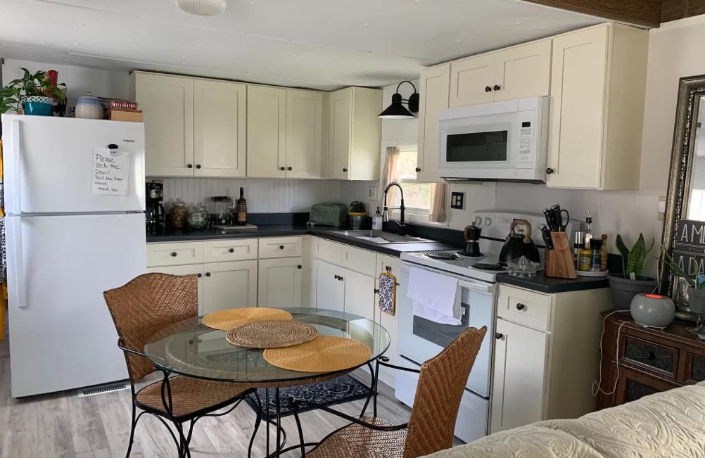 1971 move in ready kitchen