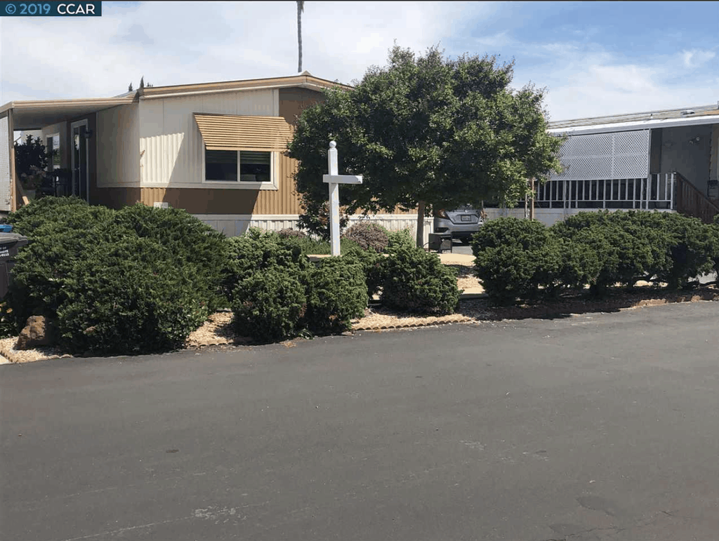 1975 Double Wide Mobile Home 191 Kona Pittsburg CA Redfin00004