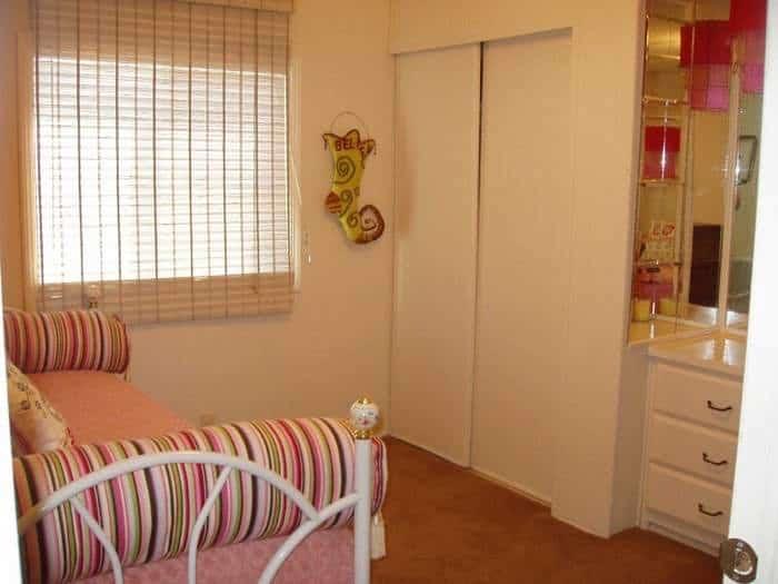 1978 Mobile Home Remodel Guest Bedroom After