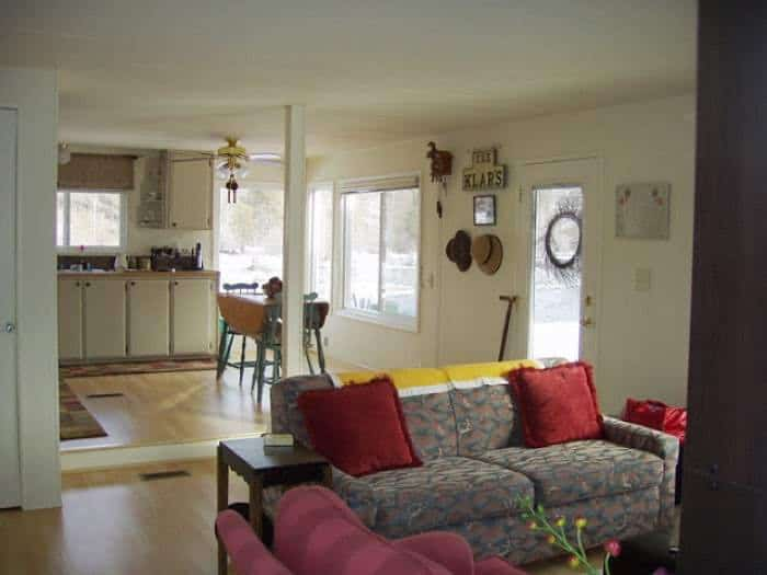 1978 mobile home remodel living room after