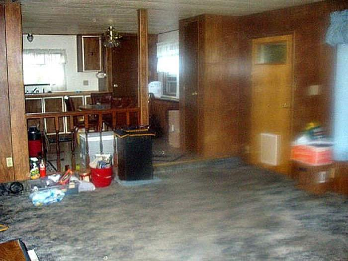 1978 Mobile Home Remodel Living Room Before