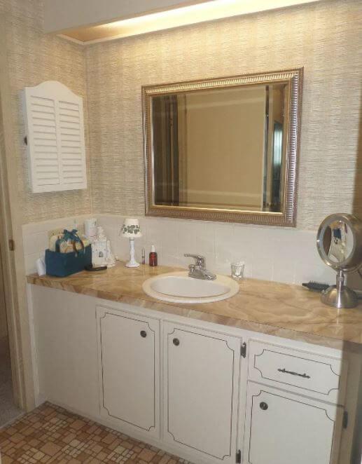 1981 florida double wide bath vanity before
