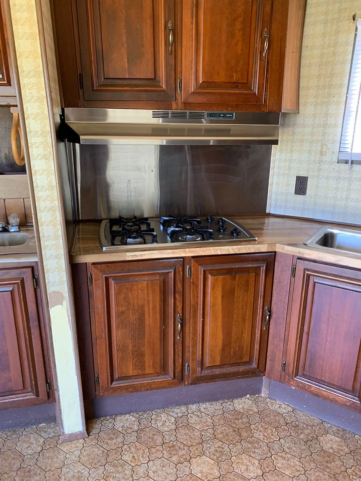 Mobile home stove