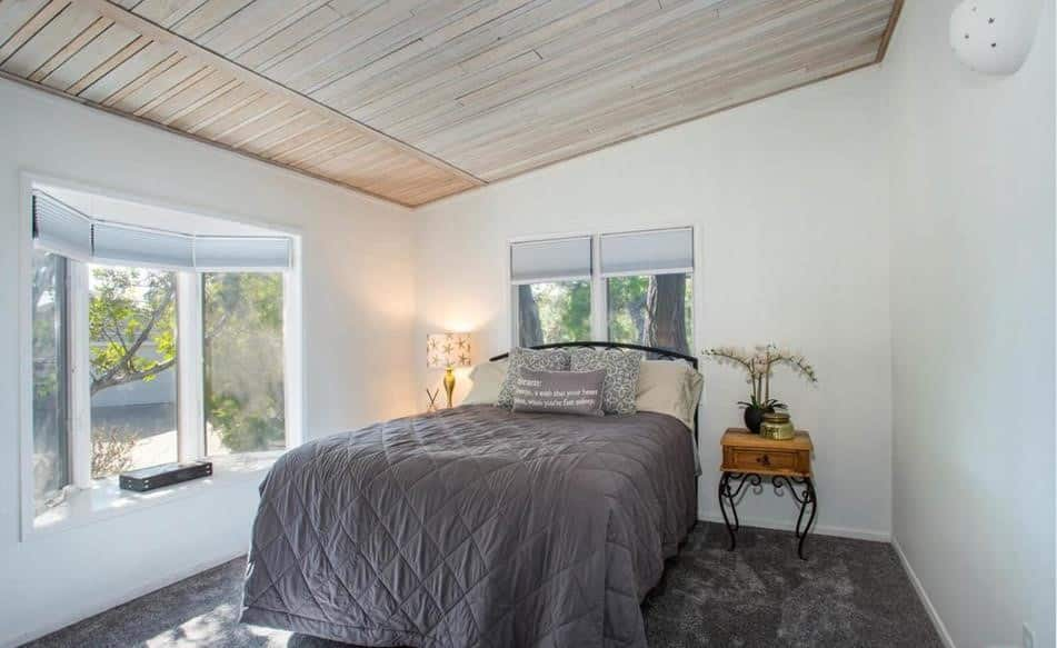 Remodeled double wide bedroom