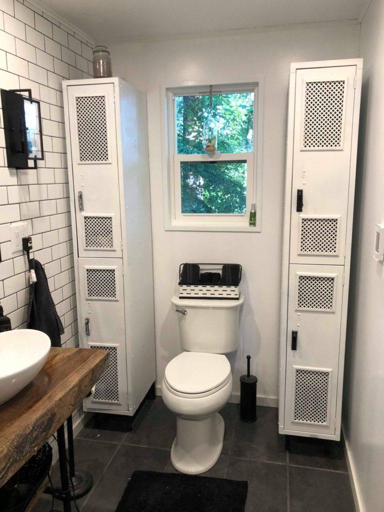 1983 single side bathroom
