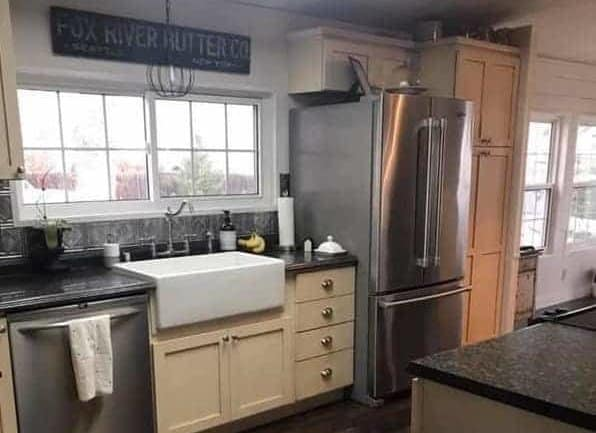 1984 Double Wide Manufactured Home Remodel: Fresh Functional Farmhouse