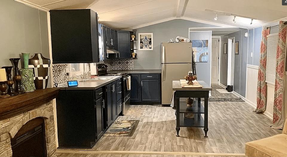 1987 updated single wide kitchen