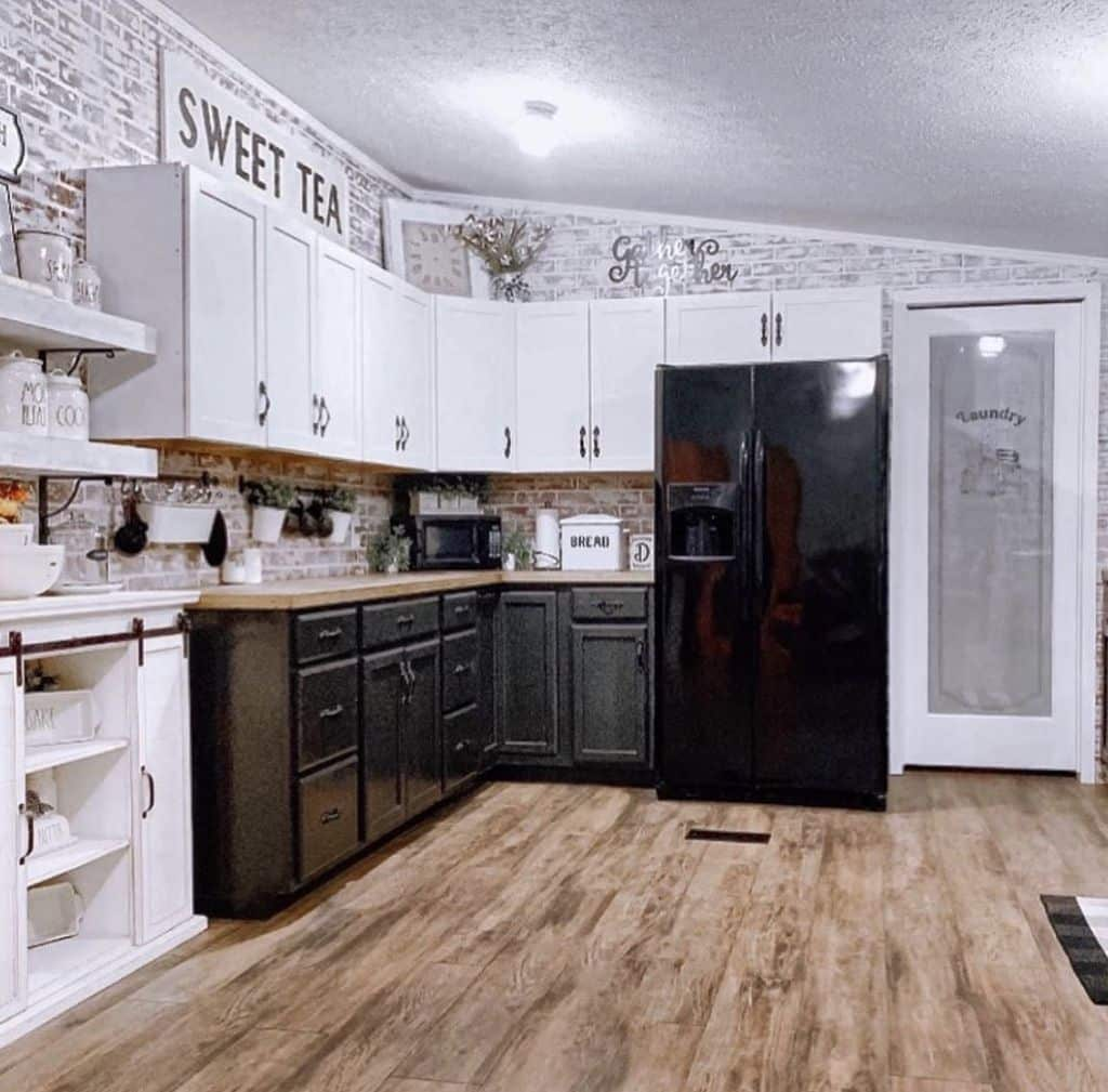 Buccaneer double wide remodel kitchen after