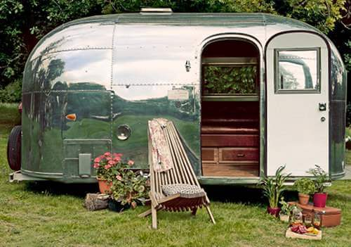 15 Awesome Airstream Interiors 1